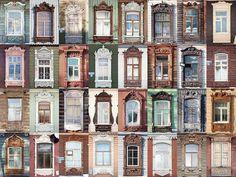 Резные наличники - основная особенность деревянной архитектуры Тюмень.