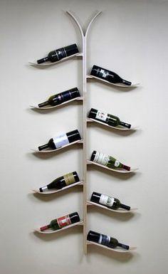 Usá esos esquís viejos para sostener tus vinos! #WineUpDistribuciones