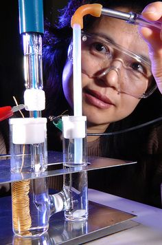 Chemist Xiaoping Wang measures the stability of a platinum cathode electrocatalyst.