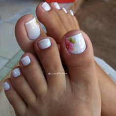 17 Ideas french pedicure designs toenails pretty toes for 2019 Pedicure Nail Art, Pedicure Colors, Flower Pedicure, White Pedicure, Manicure Ideas, French Pedicure Designs, Toe Nail Designs, French Tip Pedicure, Summer Pedicure Designs