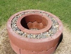 If you plan on entertaining family and friends or experimenting with some survival techniques, a DIY fire pit is a brilliant addition to your backyard. Whether you're cooking hot dogs or cozying up next to your kids, your fire pit will get tons of use. Fire Pit Uses, Diy Fire Pit, Fire Pit Backyard, Backyard Pergola, Concrete Ring, Aluminum Pergola, Retractable Pergola, Large Fire Pit, Candles In Fireplace