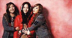 f(x) Victoria Song Krystal Jung Luna Beautiful Photoshoot
