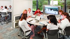Higher learning has changed. Classrooms haven't. Steelcase offers a corrective. Modern Classroom, Classroom Design, Learning Spaces, Learning Environments, Creative Office Space, Office Spaces, Future School, Innovation Lab, Inspired Learning