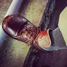 Shoes / Ian Reid.  PT / Dickies.    今日も自転車乗ってるから裾を上げてるよ。😃🚲 I am raising my hem because I am riding a bicycle today. 😃🚲 @urgentian @dickiesofficial @dickies_jp  #christophernemeth #judyblame #johnmoore #marklebon7 #mrkimjones #hobc #buffalo #ianreid