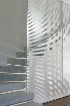 Stairs and perforated metal screen - matteo casari architetti Stair Handrail, Staircase Railings, Staircase Design, Stairways, Regal Industrial, Industrial House, Industrial Closet, Industrial Furniture, Industrial Bookshelf
