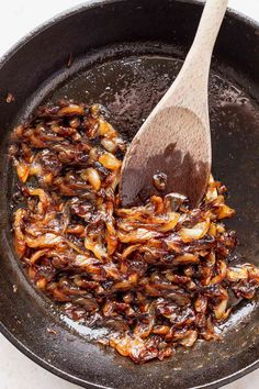 Caramelized Onions Recipe, Carmelized Onions, Onion Recipes, Wine Recipes, Yummy Recipes, A Food, Food And Drink, Baked Onions, Kitchens