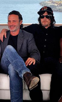 ~Andrew Lincoln and Norman Reedus at Comic Con