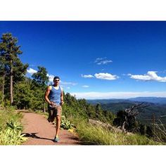 """IF THE MIND IS WILLING THE BODY WILL FOLLOW"" Peter Kadzielawski #tbt The Mogollon Rim! #imaz #70point3 #140point6 #instafit #running #triatlon #ironmantriathlon #findyourstrong #instarunners #runner #instarunner #thetrihood #triatworld #thetrihub #ironmantri #ironman70 #motivation #triathlon #triathlete #fitness #endurance #trilife #trispiration #top_triathletes #mogollonrim #azculture #nature #neverstopexploring @saucony #prAna @ironmantri http://thetrihub.com/peterkadzielawski/"