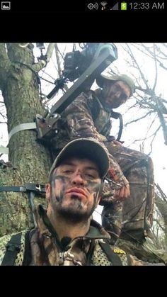 Luke Bryan hunting. Love everything about him.