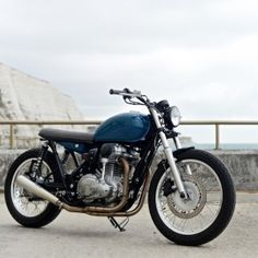 deBolex Mk6 - Kawasaki W800 - deBolex London