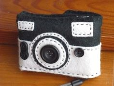 Felt mobile or camera case by latelierdeluluu on Etsy, $5.00 USD