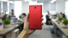 У смартфона UMIDIGI Crystal Pro будет двойная камера Panasonic Lumix http://itzine.ru/news/gadgets/umidgi-crystal.html  UMIDIGI подготовила для своих поклонников два безрамочных смартфона Crystal. Стандартная версия получит цельнометаллический корпус матового черного или красного цвета иодинарный модуль камеры, аUMIDIGI Crystal Pro будет встеклянном корпусе черного или синего цвета, атакже внём будет установлена двойная камера. В Crystal Pro компания применила двойной сенсор…