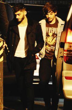 Louis Tomlinson and Zayn Malik<3