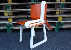 DEDE DextrousDesign you guys did it again! This time it's a completely amazing two-in-one chair that not only allows you to sit, but it takes care Cool Jazz, Secret Compartment, Shelves, Cool Stuff, Dede, Furniture, Crib, Home Decor, Gap