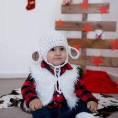 Merry Christmas...🎁🎄🎁 #crochetmania #crochet #yarn #yarnaddict #wool #gift #love #knit #knitlife #knittingtime #knittinginstagram #bhooked… Crochet Yarn, Merry Christmas, Winter Hats, Wool, Knitting, How To Make, Handmade, Gifts, Instagram