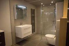 Glazen douchewand toch ook wel heel erg mooi en ruimtelijk