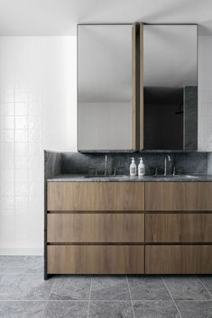 Loftus Lane. Pacifico granite and spotted gum vanity.