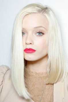 Love this silver blonde shade paired with pale skin and bright lips.