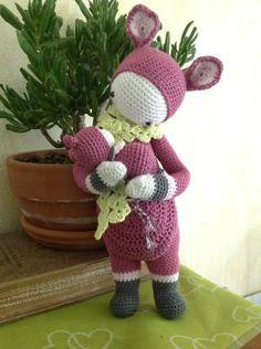 KIRA the kangaroo made by Danielle L. / crochet pattern by lalylala