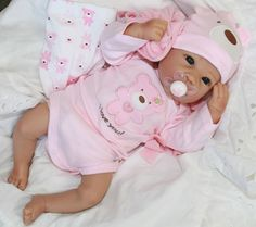"""SIMPLY DARLING! - Newborn Baby Girl 18"""" Lifelike Collectors Doll + 2 Outfits"""
