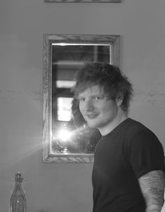 """edsheeran-everythinghaschanged: """" My heart stopped when i saw him come down the stairs… Ed Sheeran In City Winery Restaurant for a private show. """""""