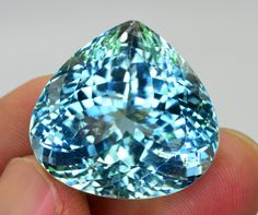 Minerals And Gemstones, Crystals Minerals, Rocks And Minerals, Diamond Wallpaper, Rocks And Gems, I Love Jewelry, Opal Rings, Diamond Gemstone, Swarovski Crystals