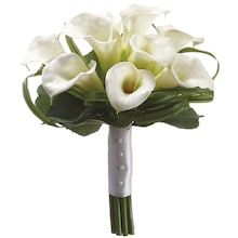 Beautifully made cream handwrapped calla lily bridesmaid silk flower bouquet. Calla Lily Wedding, Calla Lily Bouquet, Silk Flower Bouquets, Calla Lillies, Bridesmaid Flowers, Silk Flowers, Lilies, Silk Bridal Bouquet, Wedding Bouquets