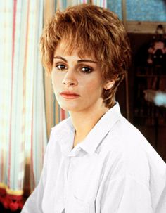 (The Real Pixie Growout Stages) Julia Roberts in Steel Magnolias, rocking the pre-kidney-transplant bouffant. Eric Roberts, Julia Roberts Hair, Magnolia Movie, Medium Shag Haircuts, Crop Haircut, Steel Magnolias, Dull Hair, Dolly Parton, Hair Removal