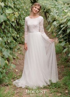 5b98a0885a89 288 Best Destination Wedding Dresses images in 2019 | Alternative ...