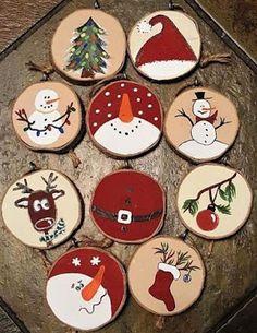 Diy Christmas Decorations Easy, Diy Christmas Ornaments, Handmade Christmas, Christmas Christmas, Christmas Paintings, Wood Ornaments, Wood Crafts, Fabric Crafts, Easy Diy
