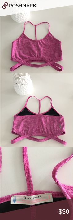 Flashdance Crop   Activewear crop top featuring ribbed texture and ...
