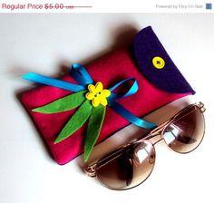ON SALE Purple and fuchsia soft felt eyeglasses case by NezDesigns, $3.75