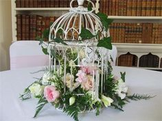 Alison Bentely flowers, Fonmon Castle - Inspiration Gallery Wedding Venue Image