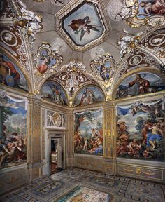 Palazzo Pitti, Florence, Italy, View of the Room of the Stove Pietro da Cortona Fresco Caravaggio, Palacio Pitti, Versailles, Web Gallery Of Art, Raindrops And Roses, Baroque Painting, Italian Baroque, Baroque Architecture, European Paintings