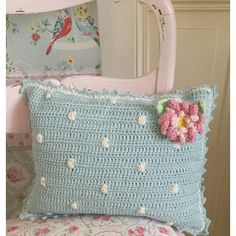 soft pale blue Polk a dot crocheted pillow Crochet Pillow Cases, Crochet Pillow Pattern, Crochet Cushions, Crochet Patterns, Crochet Home, Knit Crochet, Manta Crochet, Diy Arts And Crafts, Crochet For Beginners