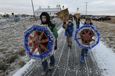 An Alaskan Christmas tradition: people go door-to-door singing Christmas carols carrying ornate Christmas stars. Christmas Stars, Christmas Carol, Spiritual Beliefs, Northwest Territories, Aboriginal People, Western Canada, Russian Orthodox, Arctic Circle, Merry And Bright
