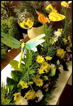 The Bugs have Landed Window - Display by Melton Florist 2012