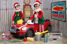 ꧁ 𝕯𝖊𝖈𝖊𝖒𝖇𝖊𝖗 ❹ ꧂ At the car wash, The elves are workin' at the car wash, yeah. At the car wash, Talkin' about the car wash, yeah. Christmas Scenes, Christmas Elf, Christmas Ideas, Fortune Teller Costume, Bad Elf, Awesome Elf On The Shelf Ideas, Barbie Car, Elf Magic, Retro Fan