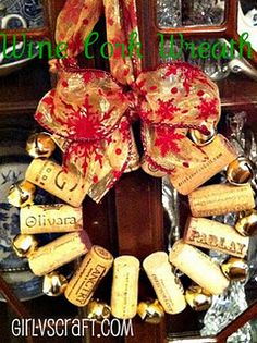 Wine Cork Wreath (w/ tutorial) Done by @Kayleigh Matheson's mom! via girlvscraft.com