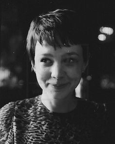 (carey mulligan) cute expression... :)