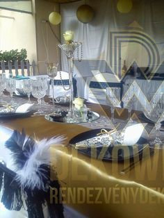 Art Deco Fashion, Table Decorations, Furniture, Home Decor, Style, Swag, Decoration Home, Room Decor, Home Furnishings