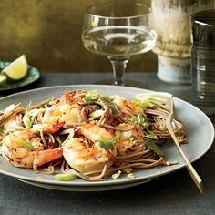 Garlicky, spicy and bright with lime, this noodle dish is both warming and energizing, according to Thai tradition. Just don't skimp on the lime wedge... Healthy Thai Recipes, Healthy Pastas, Asian Recipes, Ethnic Recipes, Healthy Grains, Seafood Dishes, Pasta Dishes, Seafood Recipes, Noodle Recipes