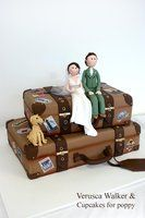 Suitcases wedding cake by ~Verusca on deviantART Vespa Cake, Violin Cake, Suitcase Cake, Witch Shoes, Bridal Shower Cakes, Glitter Shoes, Little Monsters, Cute Cakes, Just Amazing