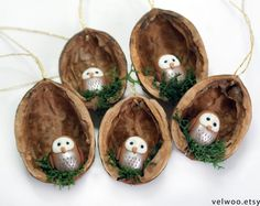 Owl Ornament Set – Rustic Christmas Decorations – Animal Ornament – Walnut Ornaments - Home Page Rustic Christmas Ornaments, Cute Christmas Tree, Woodland Christmas, Wood Ornaments, Noel Christmas, Hanging Ornaments, Handmade Ornaments, Christmas Decorations, Shell Ornaments
