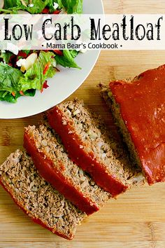 This Low Carb Meatloaf is packed with flavour and absolutely delicious; your family will never know it's made with keto friendly ingredients! Clean Eating Meatloaf, Low Carb Meatloaf, Meatloaf Recipes, Clean Eating Snacks, Beef Recipes, Real Food Recipes, Cooking Recipes, Food Tips, Gluten Free Meatloaf