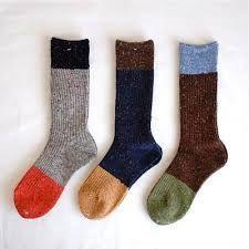 関連画像 Lots Of Socks, Funky Socks, Sock Shoes, Cute Shoes, Knitting Socks, Knit Socks, Knitting Accessories, Wearable Art, Designer Shoes