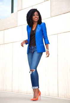 Love this cobalt blazer, the color and the cut.