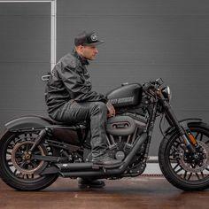 Harley Davidson Sportster 883, Harley Davidson Iron 883, Harley Davidson Motorcycles, Motorcycle Gear Store, Harley Roadster, Hd Sportster, Samurai, Harley Bikes, Scrambler Custom