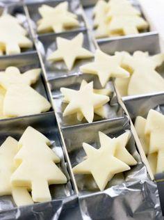 Recette : Sapins et étoiles de Noël en pâte d'amande