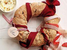 Corona di pane con semi di zucca